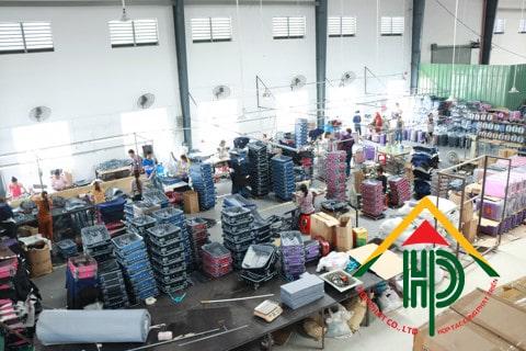 Xưởng sản xuất vali kéo hợp phát