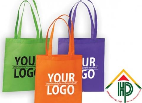 in logo thương hiệu cho túi vải không dệt