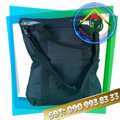Túi thời trang lưới đen mặt sau
