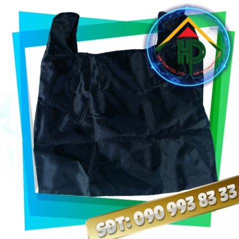 Túi xách thời trang màu đen