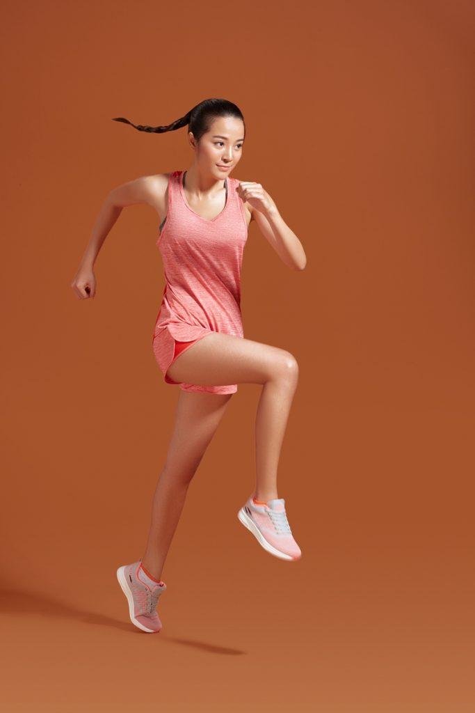 Polyester được ứng dụng trong ngành may mặc