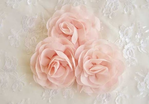 hoa làm từ vải voan
