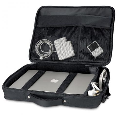 Balo laptop bảo vệ laptop an toàn, tránh va đập