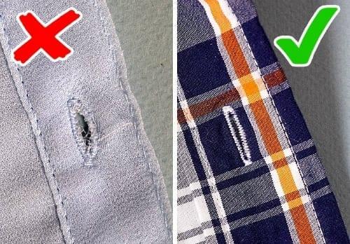 Kiểm tra cúc áo của sản phẩm may mặc