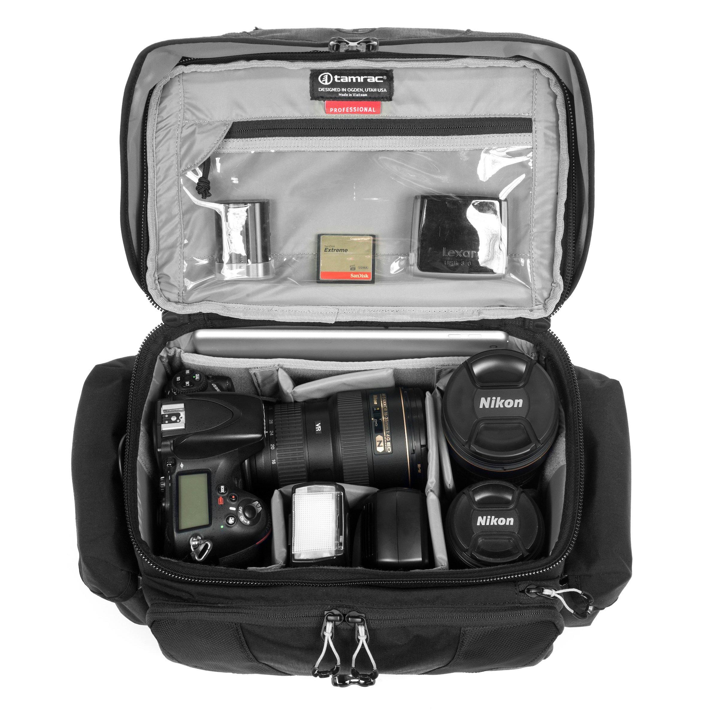 Sức chứa của túi đựng máy ảnh rộng rãi