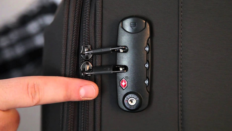 Đổi mật khẩu khóa vali