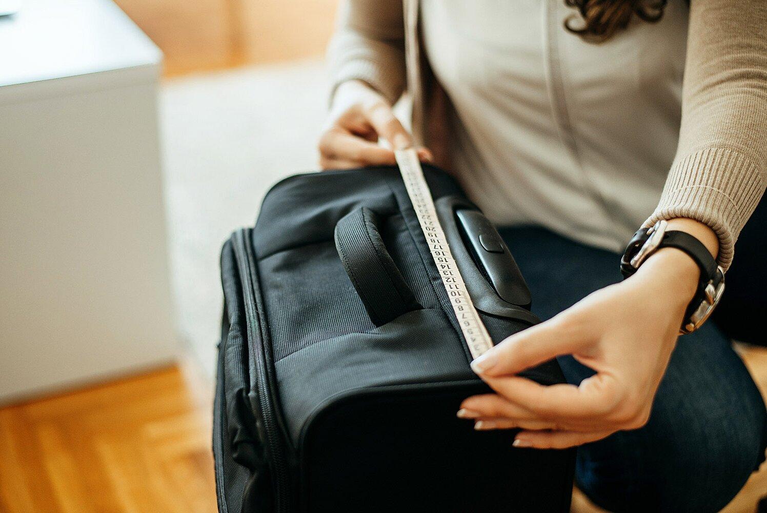Quy định về vali xách tay khi đi máy bay