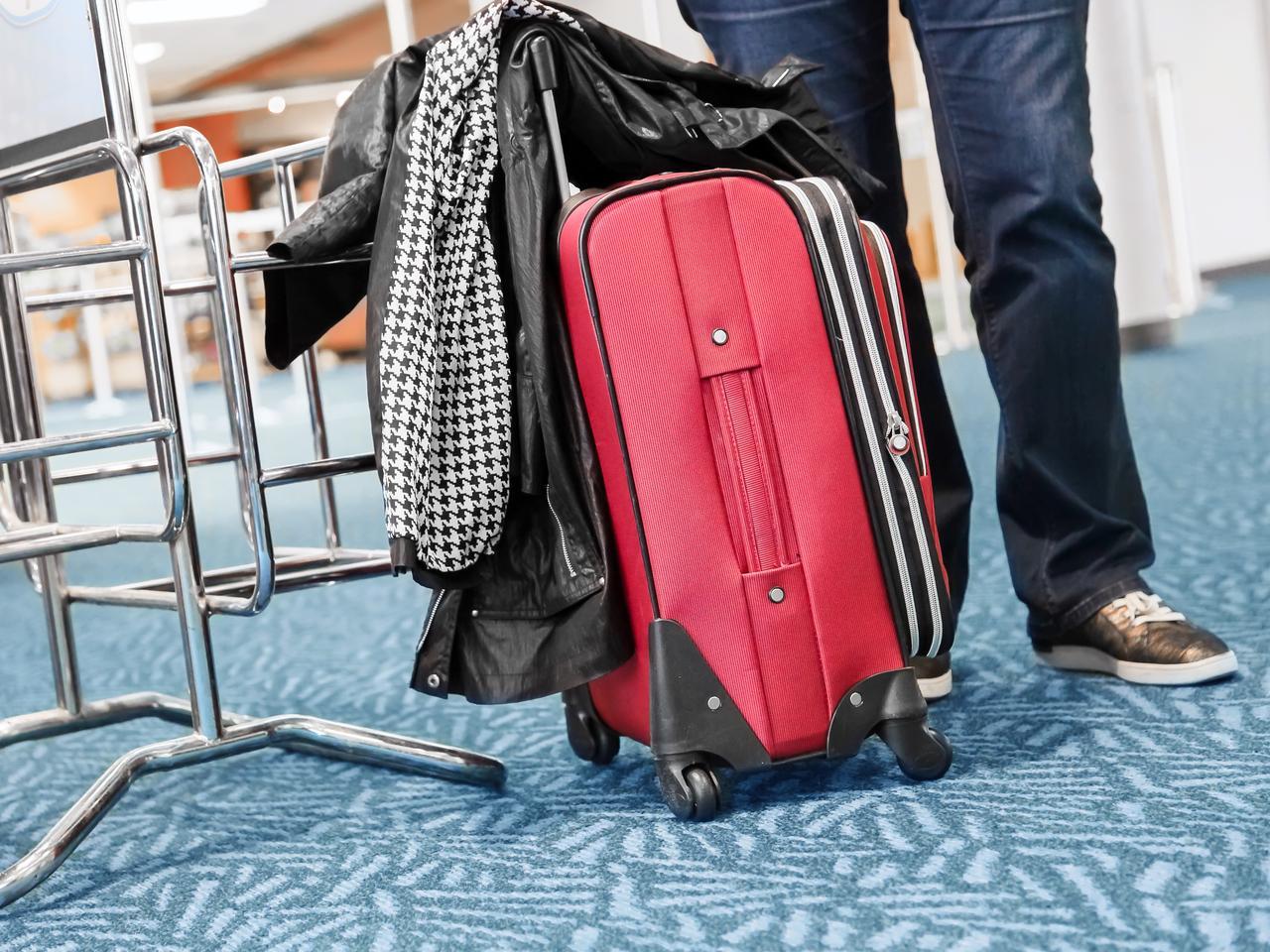 Kích thước vali xách tay đúng quy định của hãng Jestar