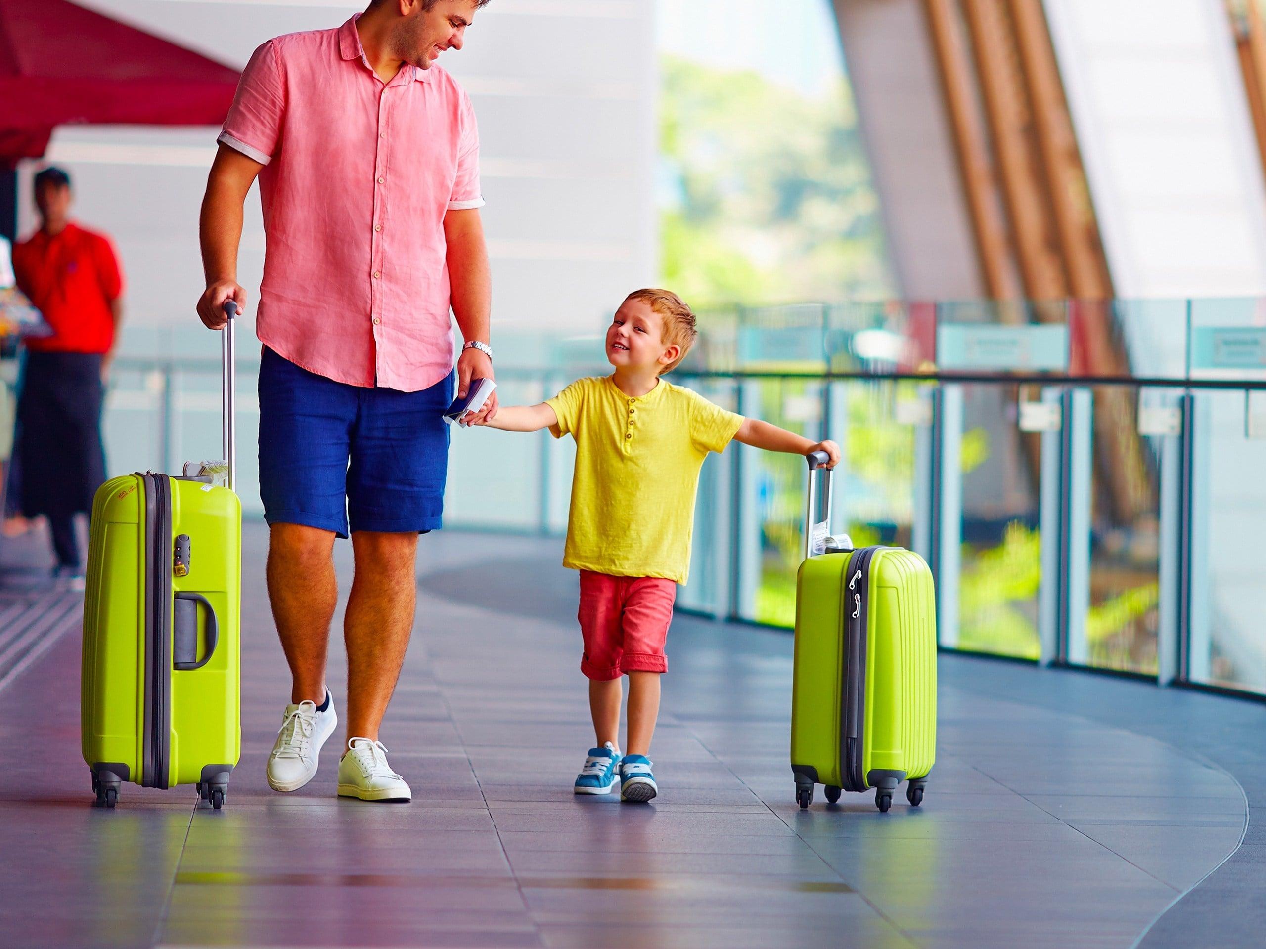 Đặc điểm nổi bật của vali kéo dành cho các bé