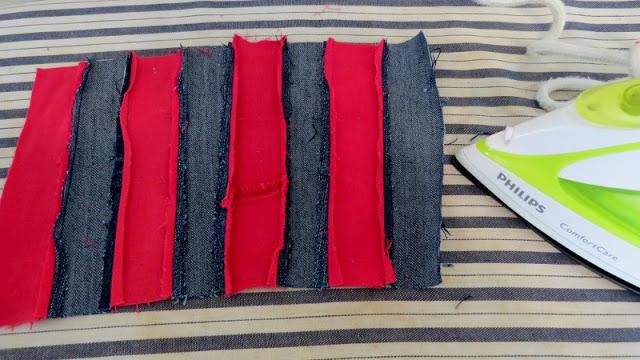 ủi phẳng các đường nối trên miếng vải