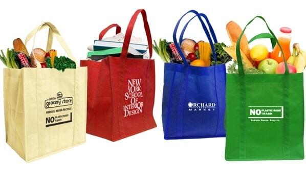 túi siêu thị làm từ vải không dệt