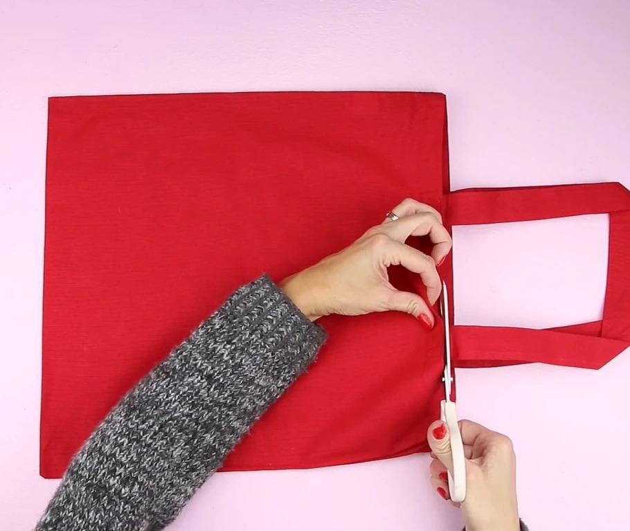 bước 3 trang trsi gối giáng sinh bằng túi vải canvas