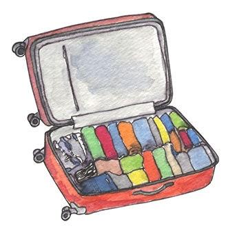 cuộn quần áo vào vali