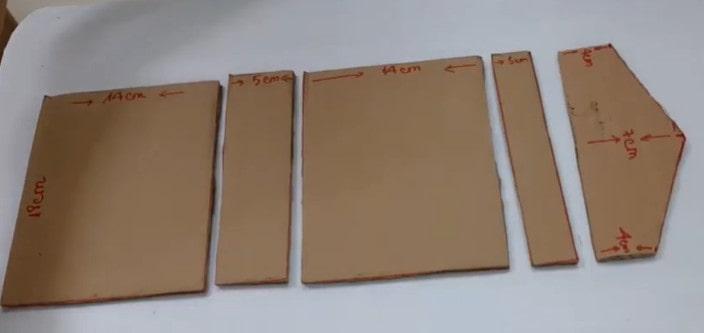 chuẩn bị bìa carton cứng
