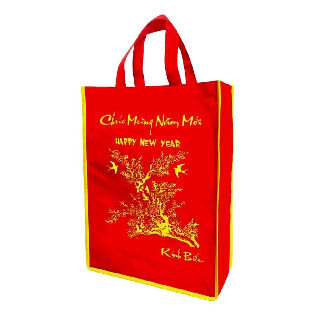 Cách cửa hàng doanh nghiệp dùng túi vải quà tặng để tri ân cho khách hàng