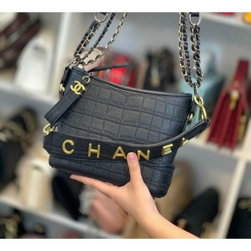 Túi xách Chanel HOBO sành điệu
