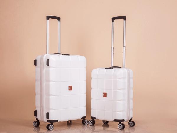 Nên chọn vali du lịch màu sắc hợp cho người mệnh Kim