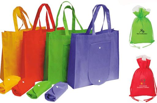 Giặt túi vải là một trong những cách sử dụng và bảo quản túi vải không dệt đúng cách