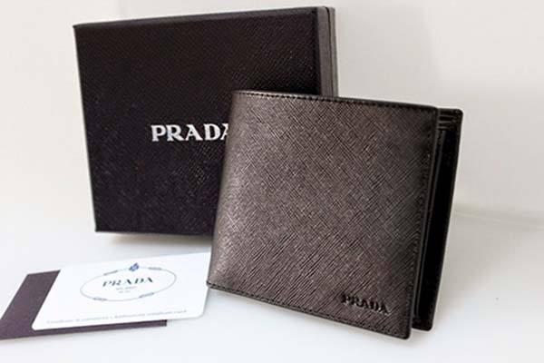 Prada - Thương hiệu ví da nam cao cấp số 1 thế giới