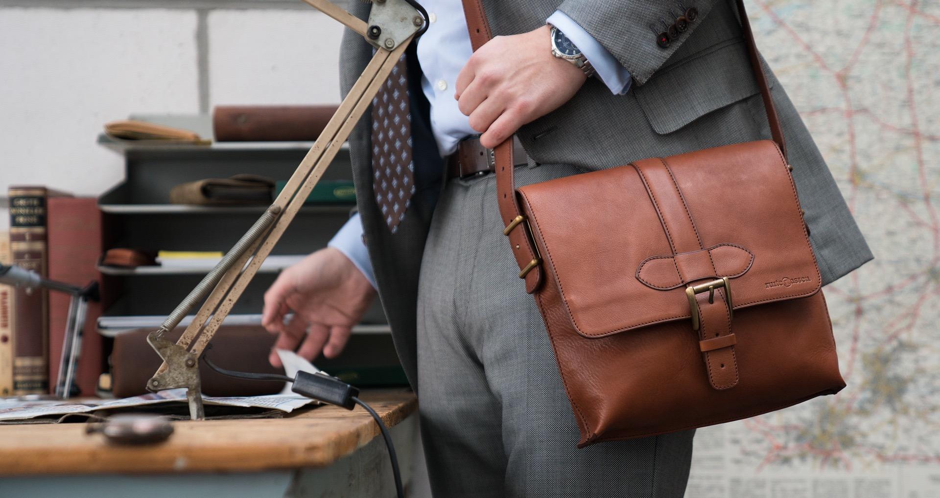 túi xách da thể hiện phong cách thanh lịch và sang trọng