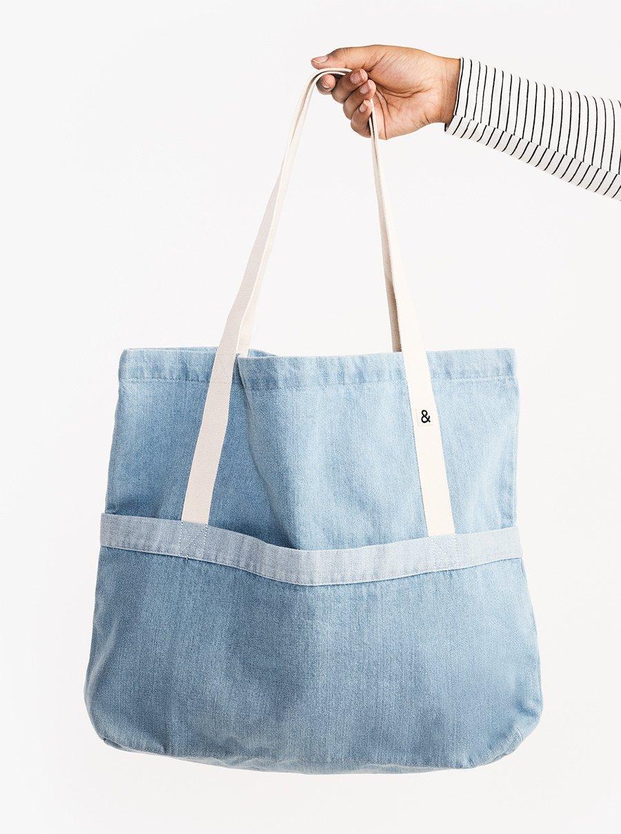 ứng dụng linh hoạt với túi denim