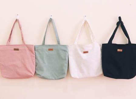 Túi đeo chéo vài bố hình chữ V cực kỳ bền bỉ