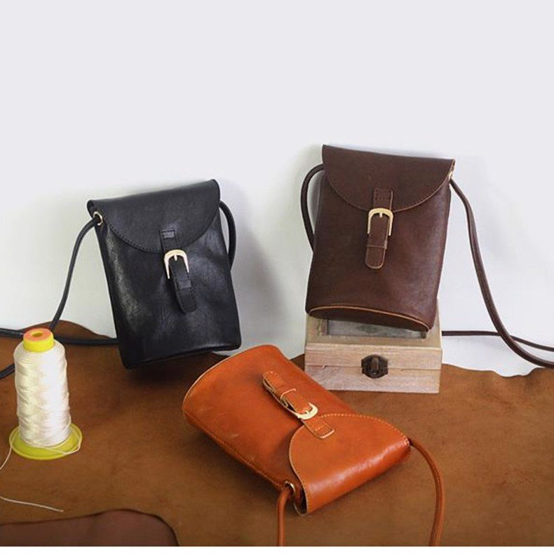 Túi đeo chéo nữ mini da bò thật thiết kế theo dạng cổ điển cao cấp